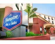 Hampton Inn & Suites Los Angeles Burbank Airport
