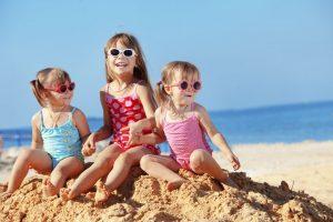 kids travel free tips